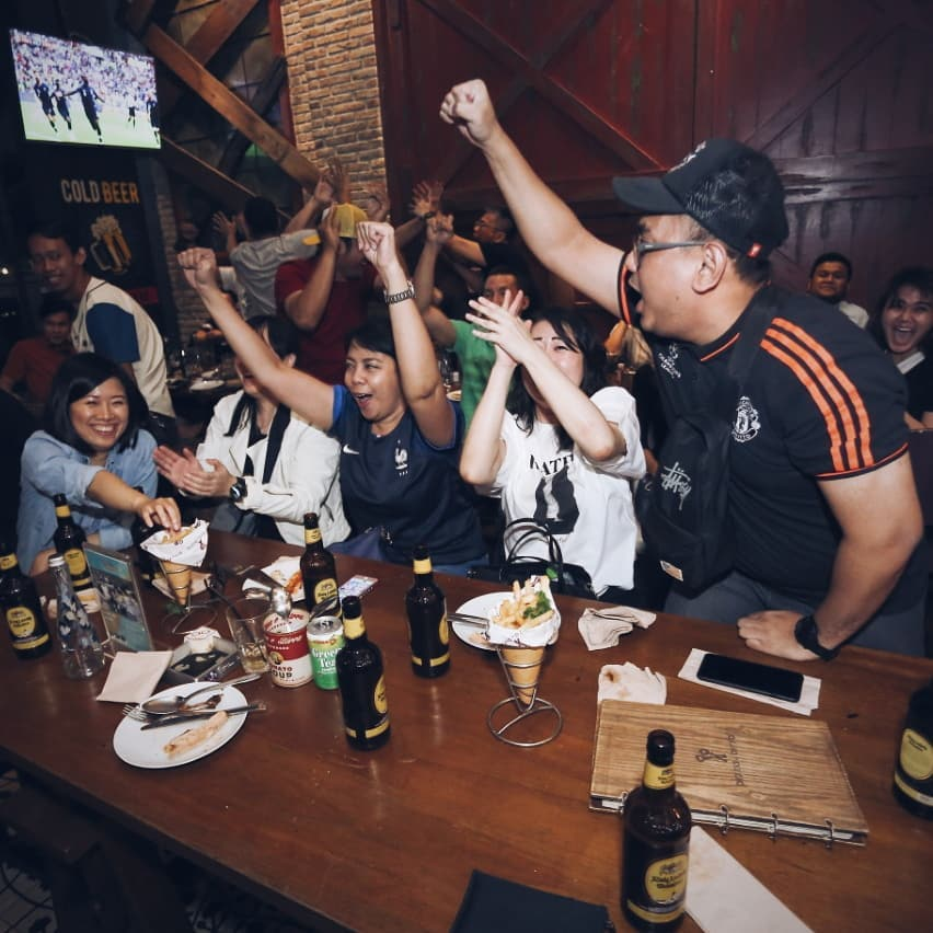 Looking For The Perfect Nobar Joint In Town?